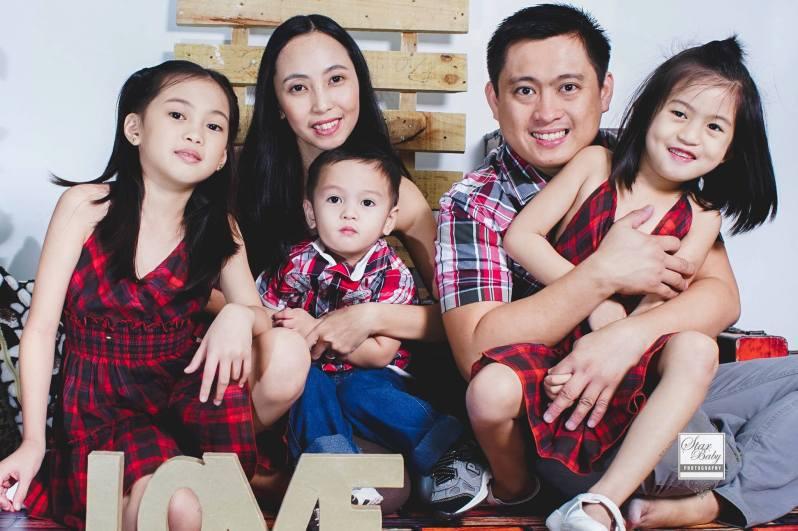 Nourilee Santos  family